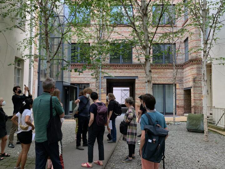 Typefoundry tour in the Linienstraße 144 courtyard
