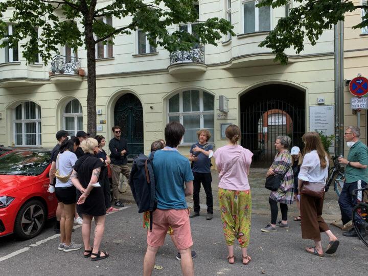 Typefoundry tour outside Richard-Sorge-Straße 22